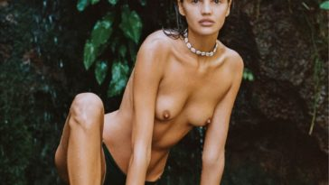 Topless Bianca Mihoc Looks Hot While Wet 18