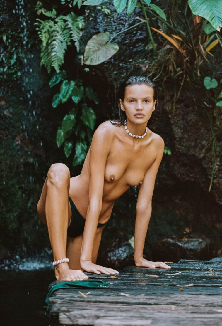 Topless Bianca Mihoc Looks Hot While Wet 7