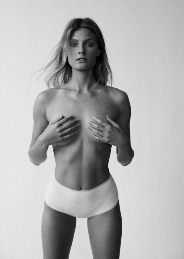 Trendy Blonde Constance Jablonski Shows Her Tiny Titties 8