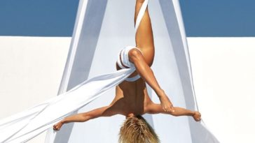 Nude Julianne Hough Showcasing Her Impressive Physique 10