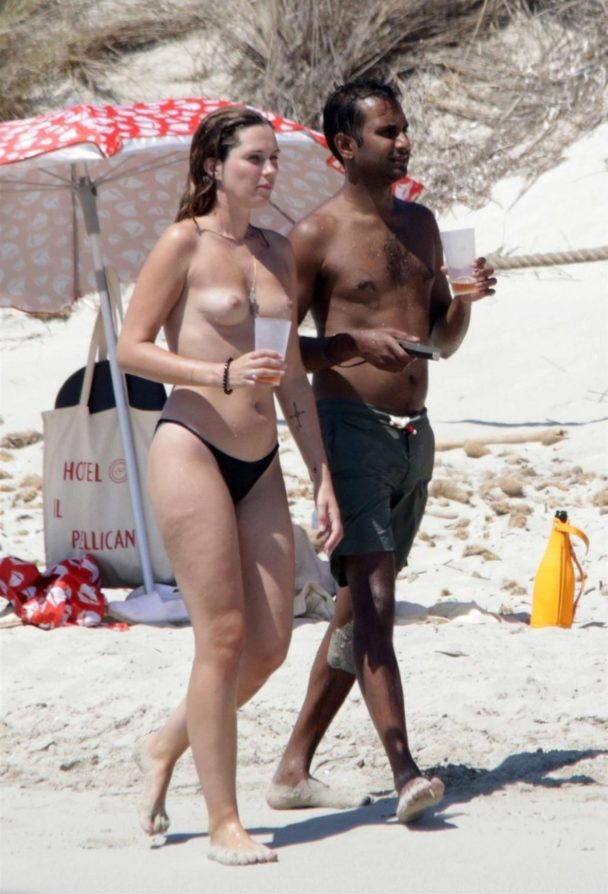 Topless Serena Skov Campbell Chilling on the Beach 5