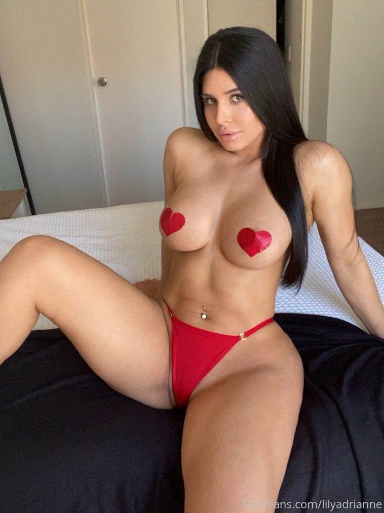Lily Adrianne Nude New Photo Gallery And Videos - 7