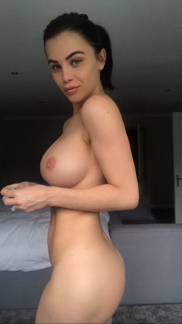 Emma Glover Nude New Photo Gallery And Videos - 7