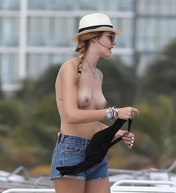 Chiara Ferragni Goes Topless with No Shame Whatsoever 2