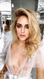 Italian Beauty Chiara Ferragni Posing Naked/Looking Hot 24