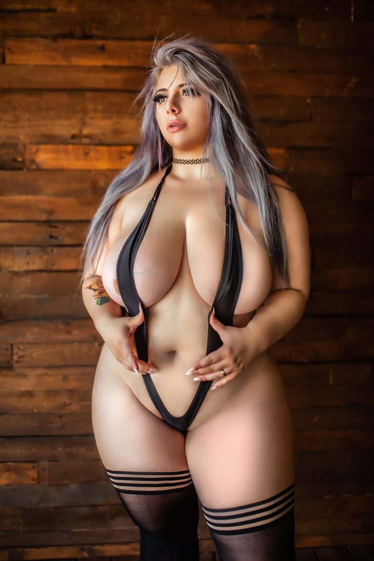 Momokun Nude New Photo Gallery And Videos - 7