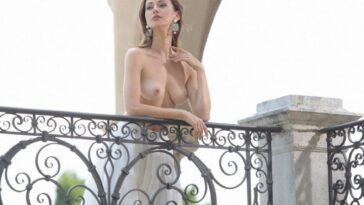 Olga Alberti Shows Her Nude Boobs and Shapely Ass 16