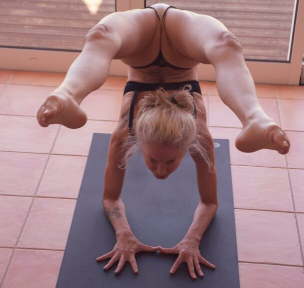 Terrifying Blonde Yoga Flocke Shows Her Cunt and More 5