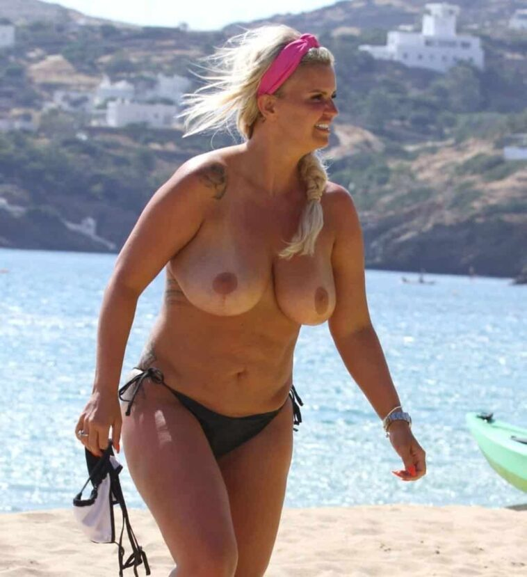 Chubby Blonde Kerry Katona Goes Topless and It's Awful 7