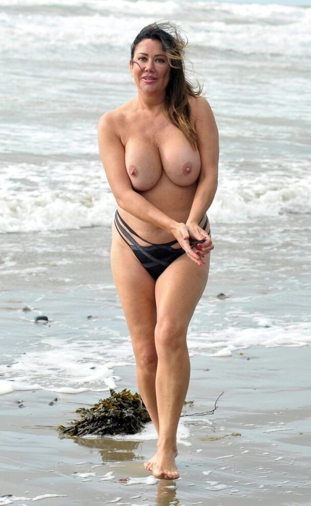Disgusting Monstrosity Lisa Appleton Goes Topless 5