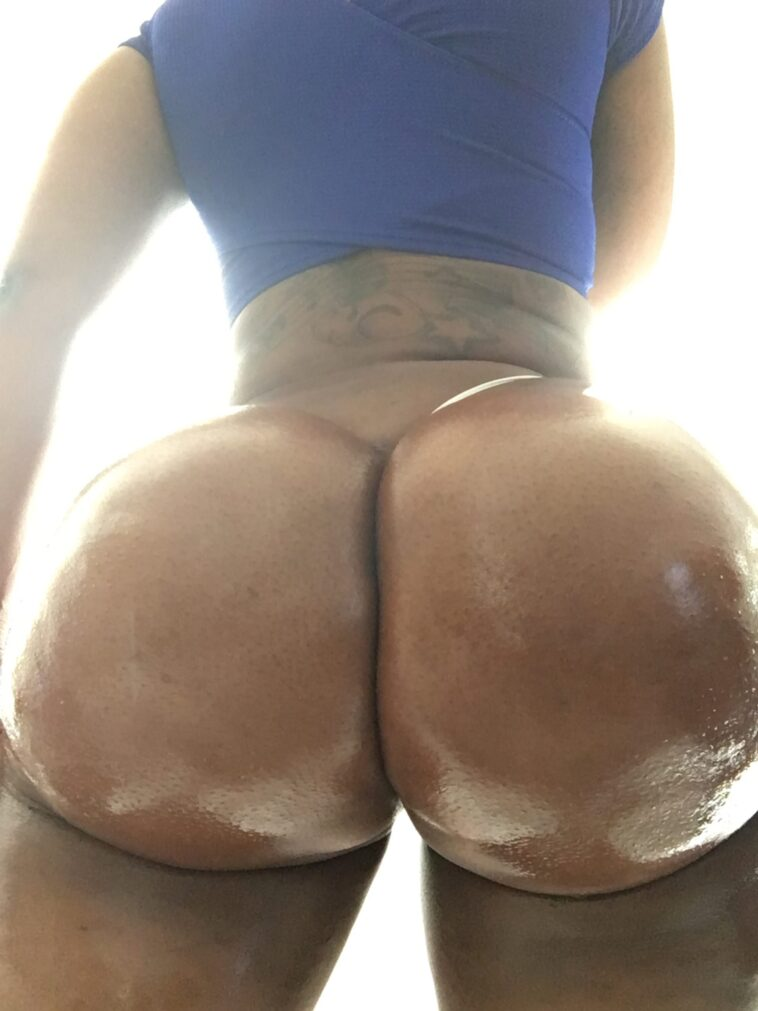 Zmeenaorr Nude Onlyfans Thicc Ass - 7
