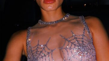 Brazen Babe Adwoa Aboah Shows Tits in a Transparent Garb 20
