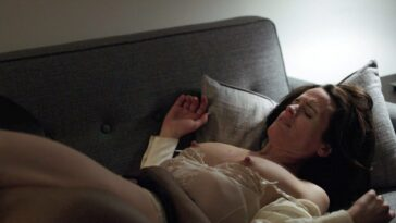Elizabeth Reaser Topless 9