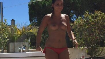Priscilla Betti Showing Her Nude Boobs (Fappening XXX) 14