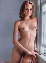 Naked Diane Kruger Showing Her Bush in High Quality 25