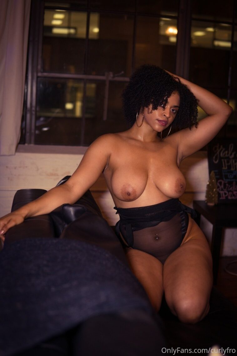 Curlyfro Nude Onlyfans Gallery Leaked - 7