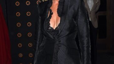 Denise Van Outen Cleavage 16