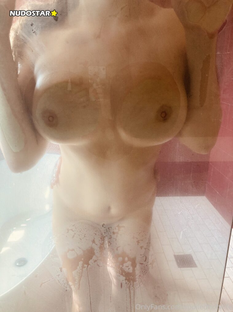 Spoiled Hotwife – SpoiledHotWife OnlyFans Nude Leaks (25 Photos) 7