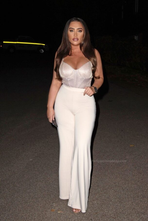 Lauren Goodger Cleavage 2
