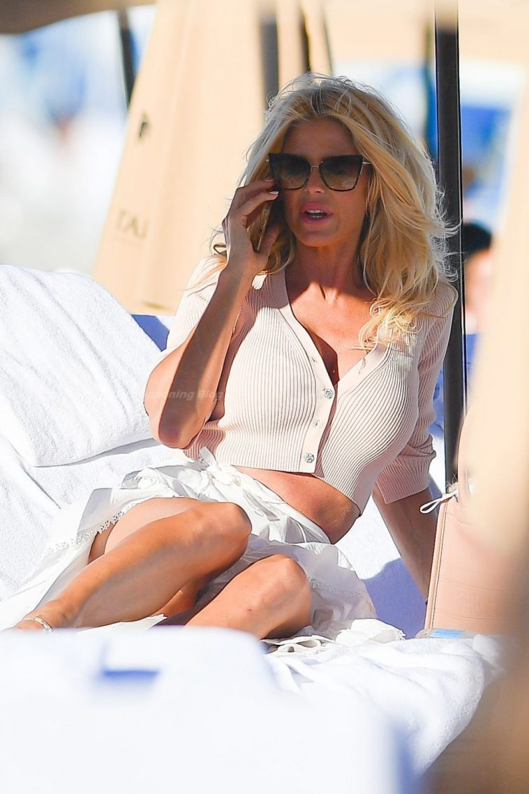 Victoria Silvstedt Hot 7
