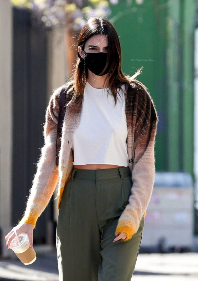 Kendall Jenner Sexy 7