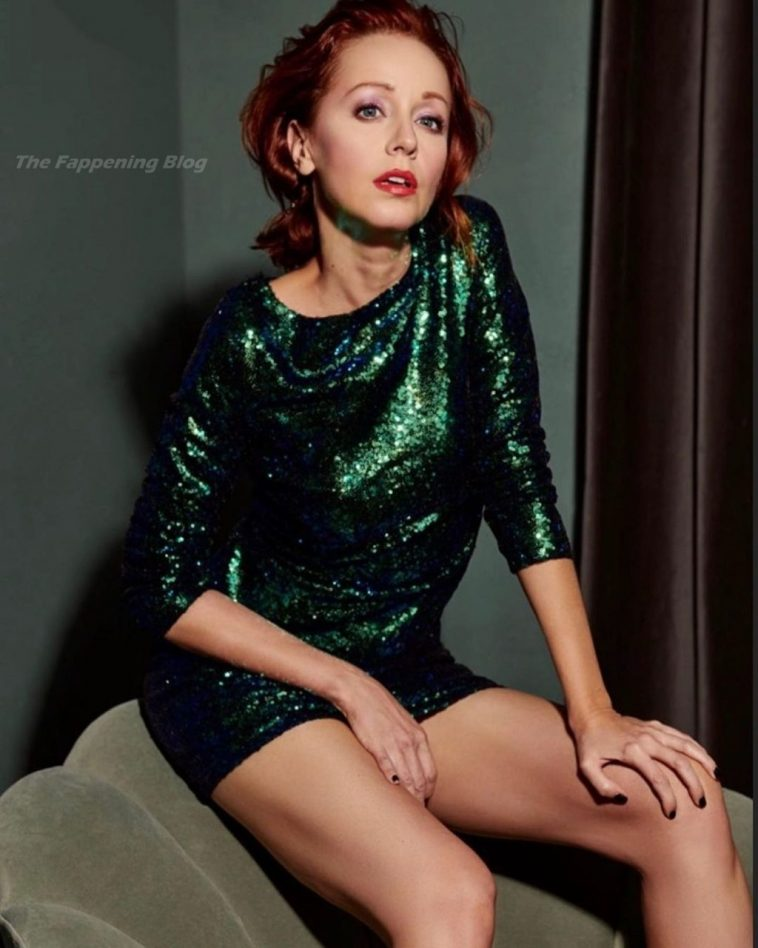 Lindy Booth Sexy 7
