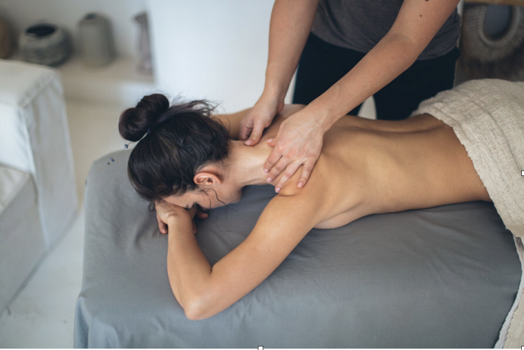 How Erotic Massage Can Be Great for Rekindling Relationships 7