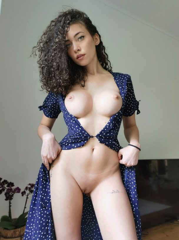 Bambitwo – Cute Petite Onlyfans Sextape 7