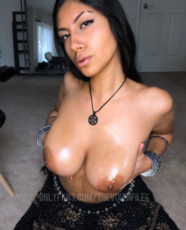 Vanessa Vain – Busty Indian Thot Onlyfans 1